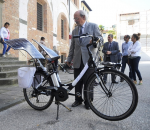 Vélo électrique avec panneaux solaires