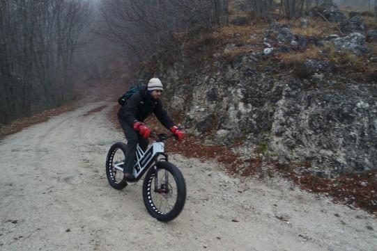 essai sur route fat bike électrique