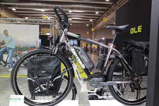velo electrique pour cyclotourisme Benelli
